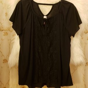 EUC black lace front top. XXL